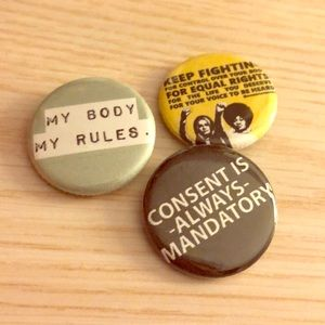 Other - 🎆WOMENS Rights PiNs💎🧬